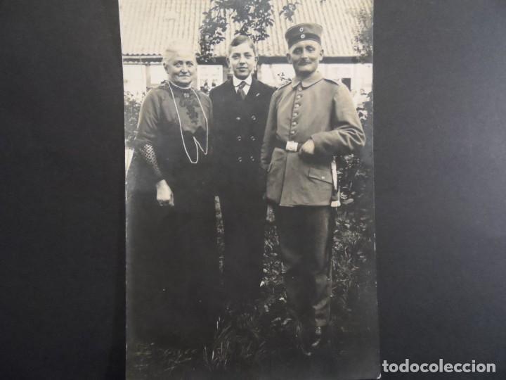 SOLDADO IMPERIAL CON SU FAMILIA. II REICH. AÑOS 1914-18 (Militar - Fotografía Militar - I Guerra Mundial)