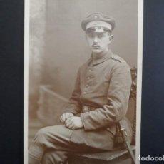 Militaria: SOLDADO IMPERIAL ALEMAN CON BAYONETA POSANDO EN ESTUDIO. II REICH. AÑOS 1914-18. Lote 165764706