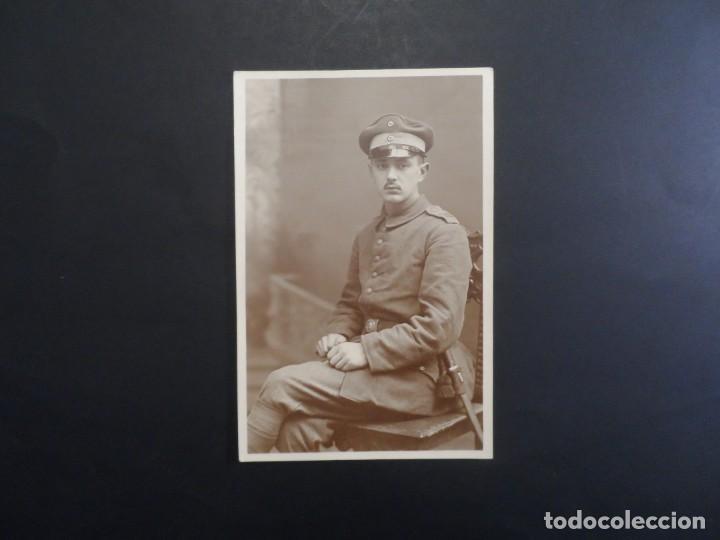 Militaria: SOLDADO IMPERIAL ALEMAN CON BAYONETA POSANDO EN ESTUDIO. II REICH. AÑOS 1914-18 - Foto 2 - 165764706