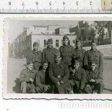 Militaria: FOTOGRAFÍA MILITAR SOLDADOS DE ARTILLERÍA. Lote 165886446