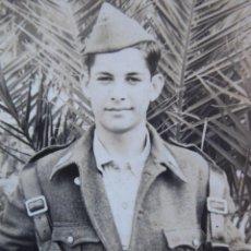 Militaria: FOTOGRAFÍA SOLDADO AVIACIÓN. MELILLA 1956. Lote 165889602