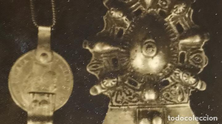 Militaria: fotografia de medallas insignias militares condecoracion militar antigua fotografia 12,5x8,4 - Foto 2 - 168403328