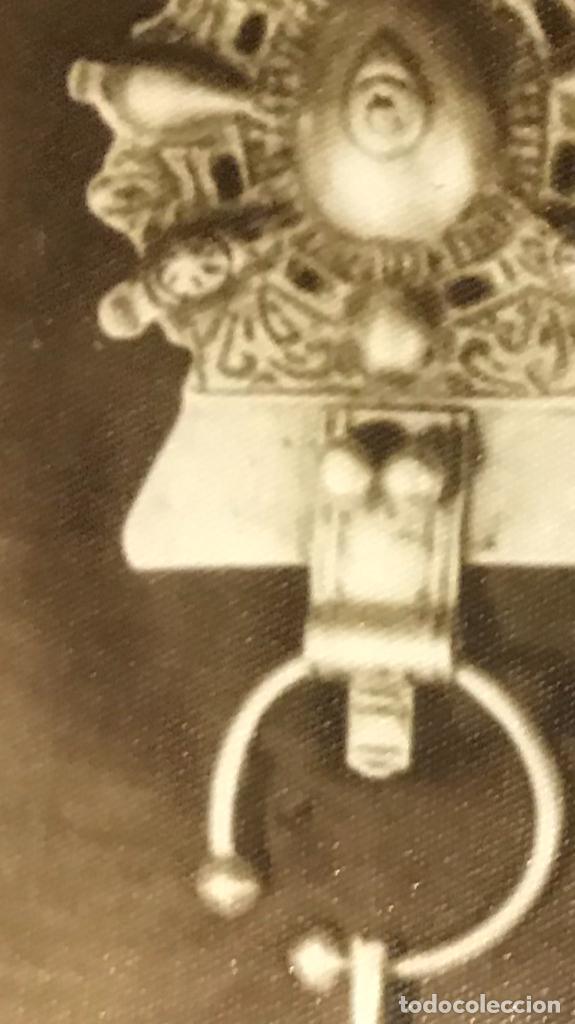 Militaria: fotografia de medallas insignias militares condecoracion militar antigua fotografia 12,5x8,4 - Foto 3 - 168403328
