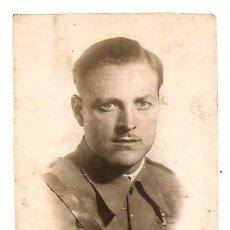 Militaria: FOTOGRAFÍA TIPO CARNET DE UN SAGENTO EN LA GUERRA CIVIL FECHADA EN BARCELONA EN 1938, ORIGINAL ÉPOCA. Lote 168471236