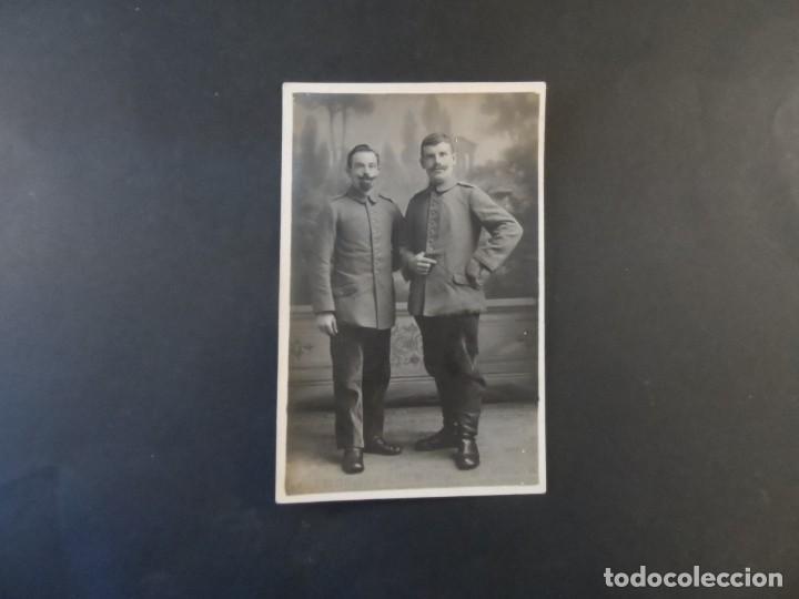 Militaria: DOS SOLDADOS IMPERIALES ALEMANES POSANDO EN ESTUDIO. II REICH. AÑOS 1914-18 - Foto 2 - 169208088