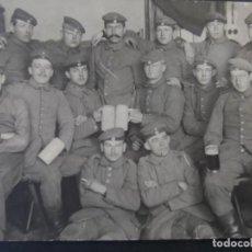 Militaria: GRUPPE DE SOLDADOS IMPERIALES ALEMANES CON JARRAS DE CERVEZA. II REICH. AÑOS 1914-18. Lote 169210364