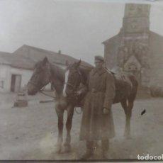 Militaria: SOLDADO IMPERIAL ALEMAN CON CABALLOS EN BELGICA. II REICH. AÑOS 1914-18. Lote 169221064