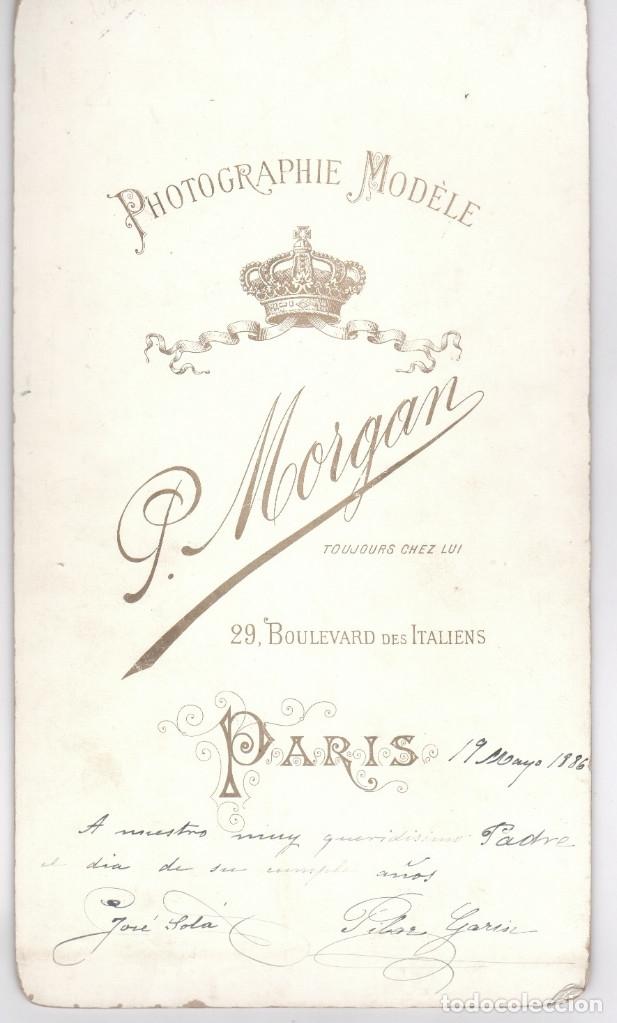 Militaria: MILITAR - el capitán josé solá y esposa, año 1886. Datos reversos, gran foto 21x38 cm. Morgan, París - Foto 2 - 170067600