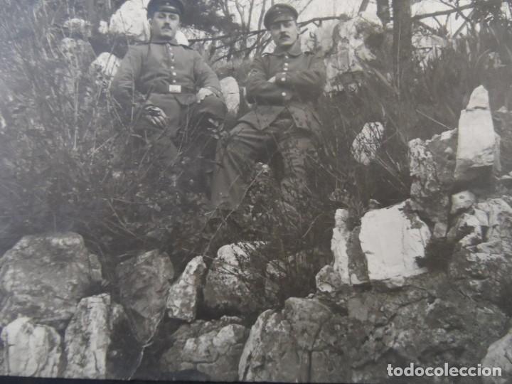SOLDADOS IMPERIALES ALEMANES POSANDO EN EL MONTE ENTRE ROCAS. II REICH. AÑOS 1914-18 (Militar - Fotografía Militar - I Guerra Mundial)
