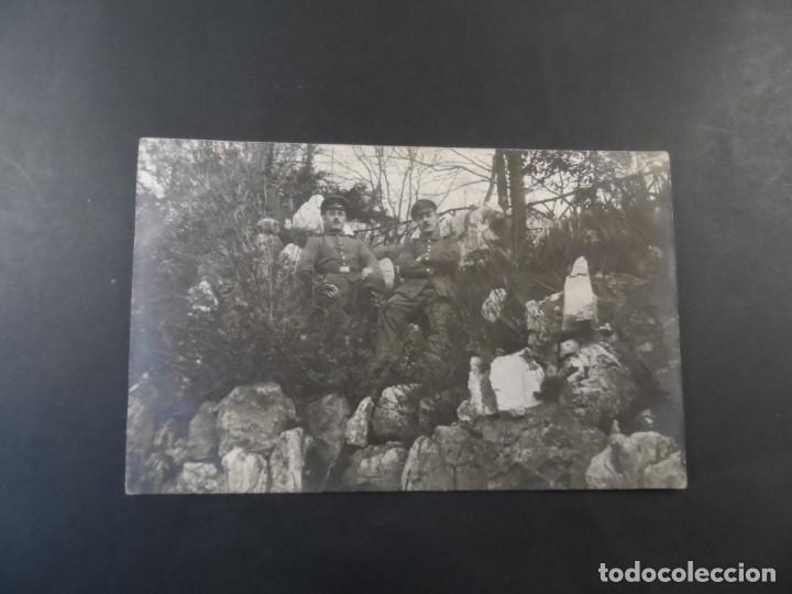 Militaria: SOLDADOS IMPERIALES ALEMANES POSANDO EN EL MONTE ENTRE ROCAS. II REICH. AÑOS 1914-18 - Foto 2 - 170095928