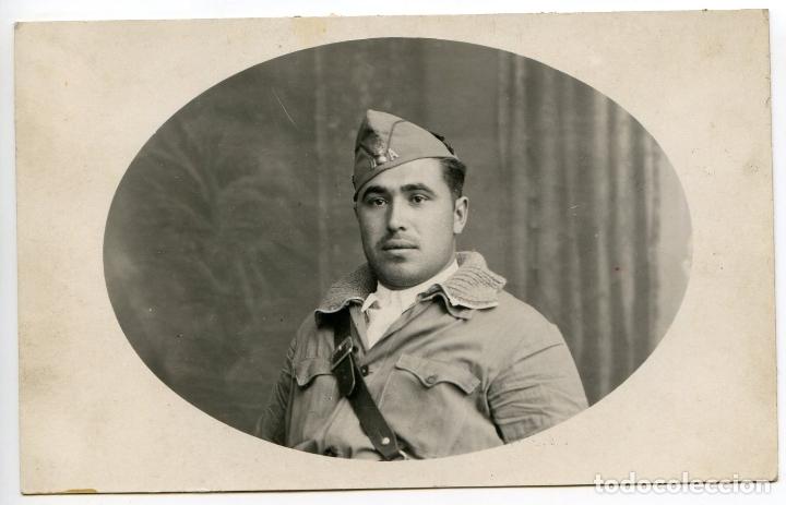 MILITAR DE ARTILLERÍA QUIZÁS DE LA REPÚBLICA, FOTOPOSTAL GUERRA CIVIL ESPAÑOLA (Militar - Fotografía Militar - Guerra Civil Española)