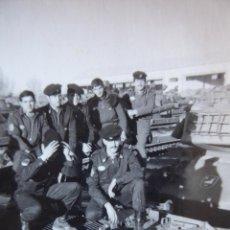 Militaria: FOTOGRAFÍA SOLDADOS DEL EJÉRCITO ESPAÑOL. DIVISIÓN ACORAZADA BRUNETE. Lote 171329065
