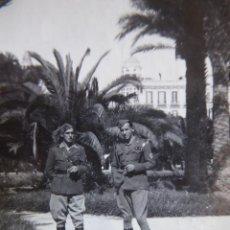 Militaria: FOTOGRAFÍA TENIENTES PROVISIONALES DEL EJÉRCITO NACIONAL. MELILLA 3-1939. Lote 171601335