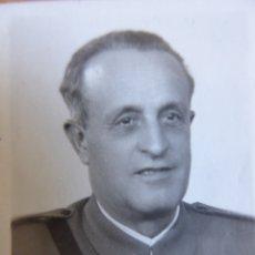 Militaria: FOTOGRAFÍAS OFICIAL DEL EJÉRCITO NACIONAL. GUARDIA DE FRANCO. Lote 172917657