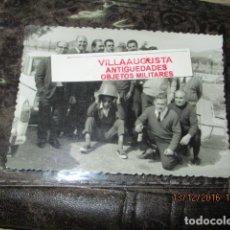 Militaria: EXCOMBATIENTES DIVISION AZUL ALBERT MONZO Y OTROS CON MEDALLAS ALICANTE ELDA. Lote 114506347