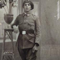 Militaria: RARA Y ANTIGUA POSTAL FOTOGRÁFICA DE LUIS RICART SOLDADO INFANTERÍA (MÁS EN MÍ PERFIL). Lote 173459955