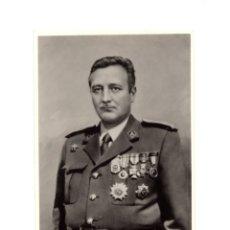 Militaria: FOTOGRAFÍA.- CUERPO DE INGENIEROS. MEDALLAS GUERRA CIVIL. 11,5 X 8 CM. Lote 174179064
