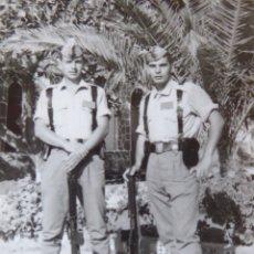 Militaria: FOTOGRAFÍA CABOS DEL EJÉRCITO ESPAÑOL. MELILLA 1966. Lote 175463342