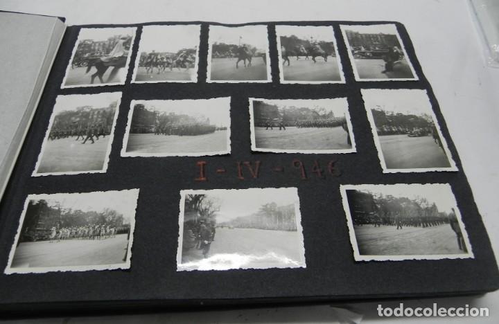 Militaria: ALBUM FOTOGRAFICO DEL DESFILE DE LA VICTORIA DE 1946, GUARDIA MORA DE FRANCO, CAMPAMENTO DE MILICIAS - Foto 2 - 175567657