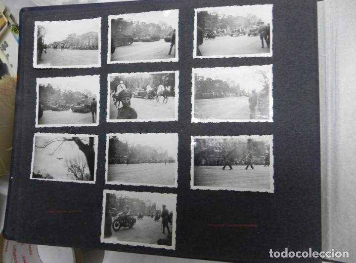 Militaria: ALBUM FOTOGRAFICO DEL DESFILE DE LA VICTORIA DE 1946, GUARDIA MORA DE FRANCO, CAMPAMENTO DE MILICIAS - Foto 4 - 175567657