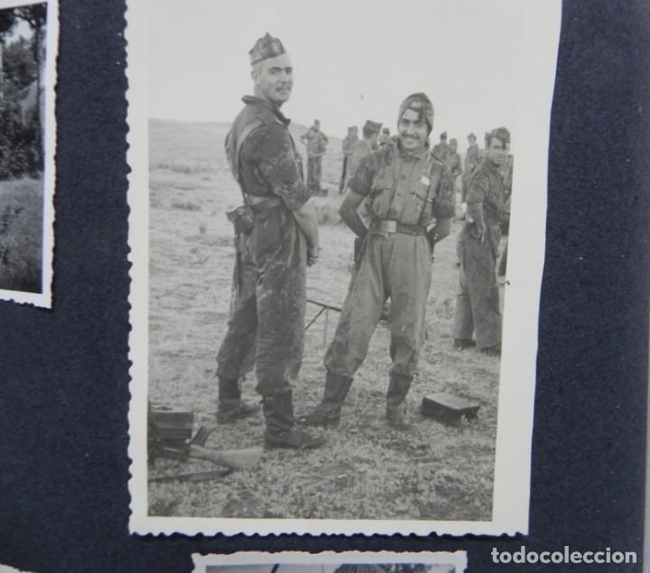 Militaria: ALBUM FOTOGRAFICO DEL DESFILE DE LA VICTORIA DE 1946, GUARDIA MORA DE FRANCO, CAMPAMENTO DE MILICIAS - Foto 16 - 175567657