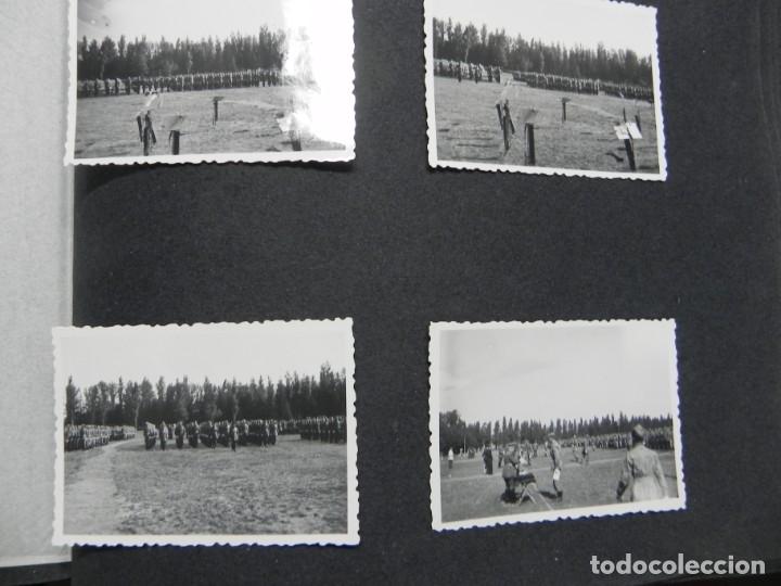 Militaria: ALBUM FOTOGRAFICO DEL DESFILE DE LA VICTORIA DE 1946, GUARDIA MORA DE FRANCO, CAMPAMENTO DE MILICIAS - Foto 20 - 175567657