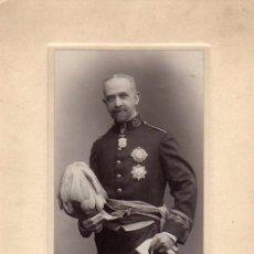 Militaria: 1913 FOTOGRAFÍA MILITAR UNIFORME DE GALA. KAULAK MADRID. CONDECORACIONES. 28 X 14 CM . Lote 175758719