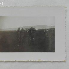 Militaria: GUERRA CIVIL - AVIACION : FOTO MILITARES Y AVIÓN . Lote 175780419