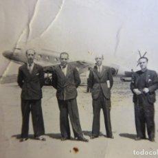 Militaria: FOTOGRAFÍA DOUGLAS DC-3 AVIACIÓN. T.3. Lote 175934359