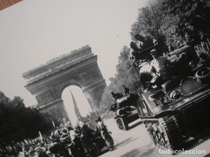 Militaria: DECORATIVAS FOTOGRAFIAS DE LA LIBERACION DE PARIS IMPRESAS EN PLANCHA METALICA. GRAN FORMATO. JEEP. - Foto 2 - 176244698