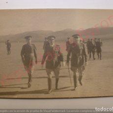 Militaria: FOTOGRAFÍA ANTIGUA ORIGINAL. GENERAL VARELA. SÁHARA (14 X 9 CM). Lote 176264005