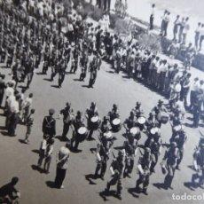 Militaria: FOTOGRAFÍA SOLDADOS DEL EJÉRCITO ESPAÑOL. SANTA CRUZ DE LA PALMA 1959. Lote 176276285