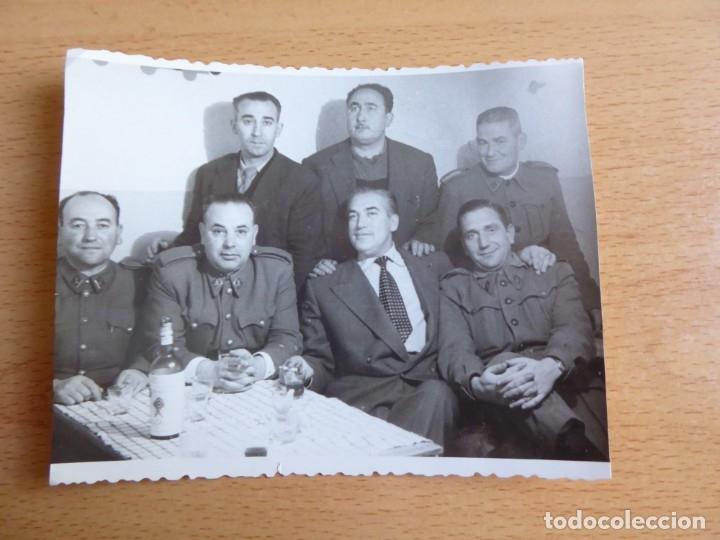Militaria: Fotografía oficiales ingenieros del ejército español. Coruña 1955 - Foto 2 - 176278269