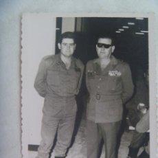 Militaria: DIVISION AZUL : FOTO MILITAR EX DIVISIONARIO CON PASADOR MEDALLAS ( CRUZ DE HIERRO , ETC) , SAHARA. Lote 176487019