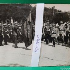 Militaria: FOTO HISTÓRICA, VICTOR MANUEL DE SABOYA Y ALFONSO XIII, RINDIENDO HONORES AL REG. AMADEO DE SABOYA .. Lote 176936173