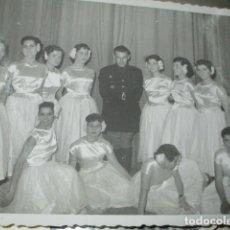 Militaria: PALENCIA 1954 GRUPO BALLET ROMANCE EN FIESTAS CON MILITAR MANUSCRITO EN REVERSO FOTO MARIO. Lote 177036037