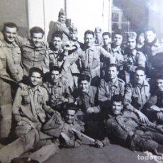 Militaria: FOTOGRAFÍA SOLDADOS INFANTERÍA DE MARINA. CARTAGENA 1947. Lote 177679762