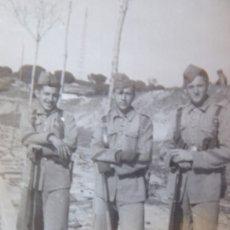 Militaria: FOTOGRAFÍA SOLDADOS INFANTERÍA DE MARINA. CARTAGENA 1947. Lote 177679837