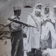 Militaria: FOTOGRAFÍA LEGIONARIO. MELILLA. Lote 177954042