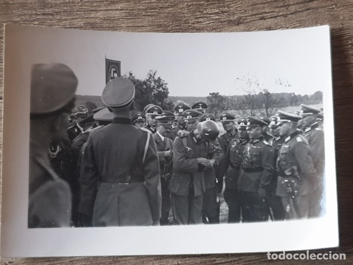 Militaria: Fotografia Hitler entre generales en el frente - Foto 2 - 178021535