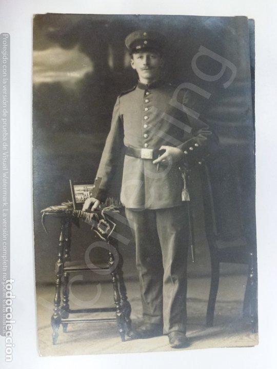 TARJETA POSTAL ANTIGUA. MILITAR DE LA 1ª GUERRA MUNDIAL. 1915. (13,7 CM X 8,8 CM) (Militar - Fotografía Militar - I Guerra Mundial)