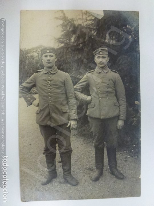 TARJETA POSTAL ANTIGUA. MILITARES DE LA 1ª GUERRA MUNDIAL. (13,6 CM X 8,6 CM) (Militar - Fotografía Militar - I Guerra Mundial)