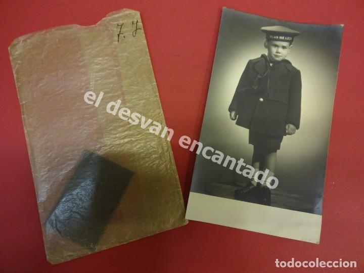 Militaria: Antigua foto de niño con lepanto BLAS DE LEZO. Años 1950s - Foto 2 - 178119248