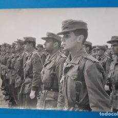 Militaria: FOTOGRAFIA MILITAR. MILITAR DE EPOCA POSANDO.. Lote 178784306