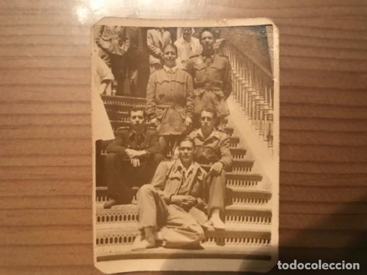 ANTIGUA FOTOGRAFÍA MILITAR SOLDADOS HOSPITAL MILITAR GÓMEZ ULLA MADRID 1951 (Militar - Fotografía Militar - Otros)