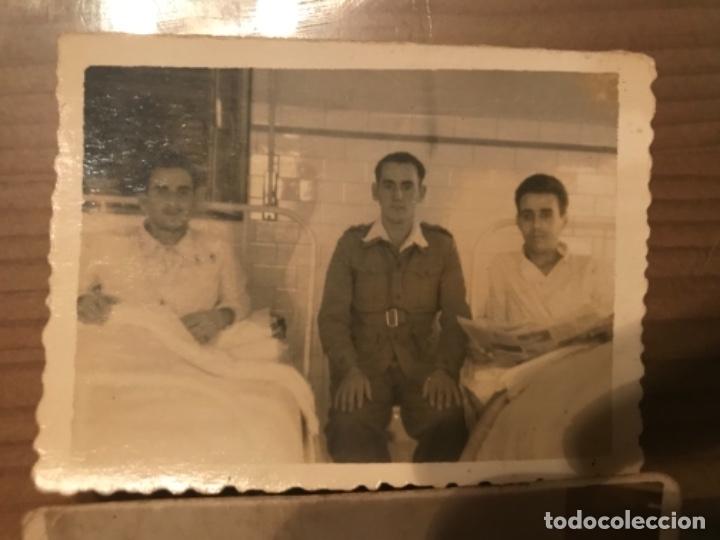 Militaria: ANTIGUAS FOTOGRAFÍAS MILITARES SOLDADOS HOSPITAL GÓMEZ ULLA MADRID AÑOS 50 - Foto 2 - 178832382