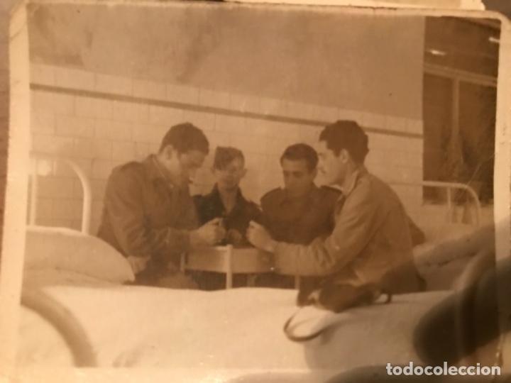 Militaria: ANTIGUAS FOTOGRAFÍAS MILITARES SOLDADOS HOSPITAL GÓMEZ ULLA MADRID AÑOS 50 - Foto 3 - 178832382