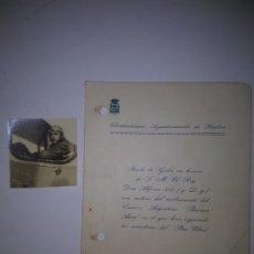 Militaria: FOTO DE JULIO RUIZ DE ALDA EN SU AVIÓN + INVITACIÓN AL BAILE REGRESO DE AVIADORES PLUS ULTRA. 1926. Lote 178869400