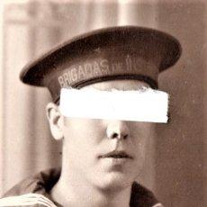 Militaria: FOTOGRAFIA ORIGINAL MARINERO CON CINTA Y LEPANTO,AÑO1930,BRIGADAS DE INSTRUCCION,CARTAGENA,REPUBLICA. Lote 178960038