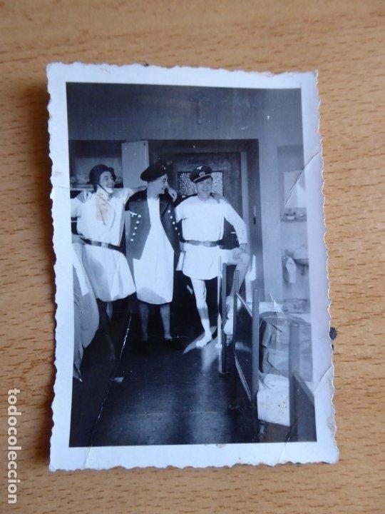 Militaria: Fotografía marineros alemanes Kriegsmarine. Admiral Graf Spee Hospital - Foto 2 - 179041122